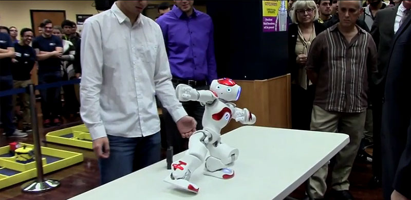 Robots run riot in first Engineering Orientation robot competition