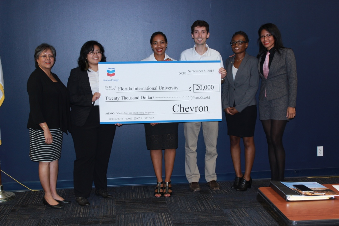 Chevron brings funds, internship opportunities to College of Engineering & Computing