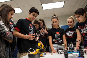 fiu-engineering-expo-toy-cars-and-robots-300x200