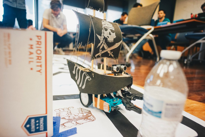 FIU-engineering-Pirate_Ship_Robot_Competition-660x440