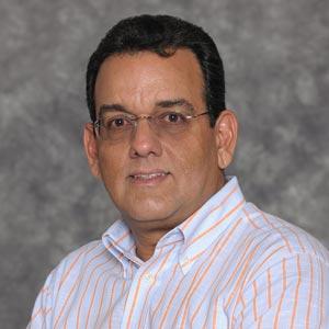 Antonio-Bajuelos-Dominguez-fiu-college-engineering-computing-cis