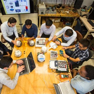 fiu-Electrical-Engineering-Scholarships