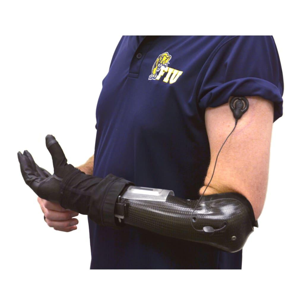 Con esta ayuda FIU ampliará pruebas de su pionera prótesis de mano que restaura el sentido del tacto
