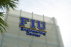 Six CEC Faculty Receive FIU Top Scholar Award
